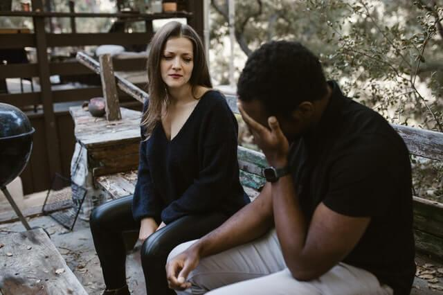 Signs He's Using You to Get Over His Ex