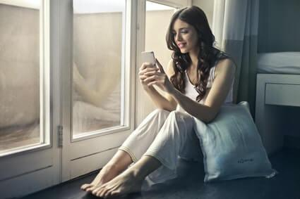 how to manifest someone to text you